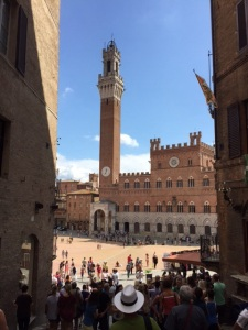 Sienna's famous Piazza del Campo